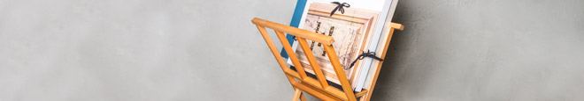 Browsers & Display Easels