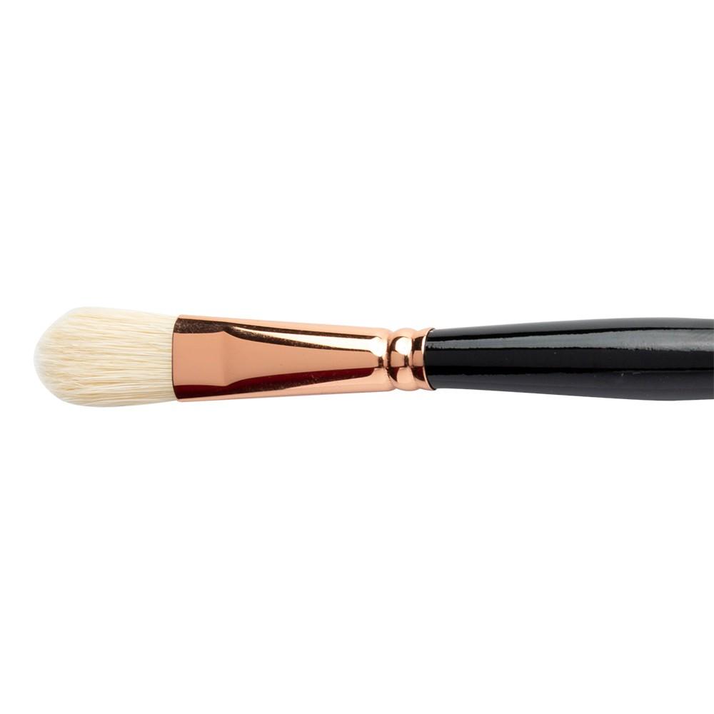 Raphael : Paris Classic Hog 3572 Long Filbert size 8