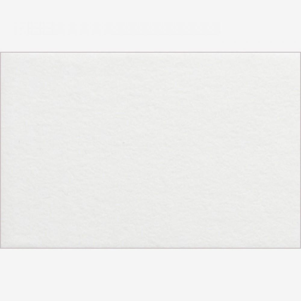 JAS : White Core Pre-Cut Mounts : 40 x 50 cm (Aperture 28 x 35 cm)
