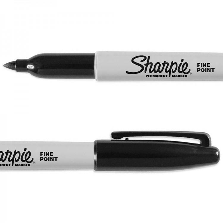 Sharpie : Permanent Marker Pen : Black : Fine Point