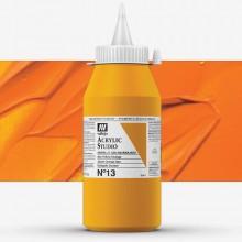 Vallejo : Studio Acrylic Paint : 1000ml : Azo Yellow Orange.