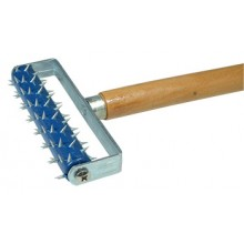 RTF Granville : Perforating Roller : Plastic Body, Hardened Spikes, Aluminium Telescopic Handle, Extendable to 98 cm