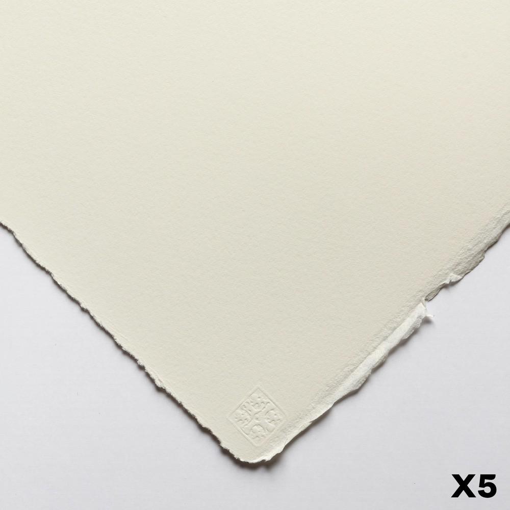 Saunders Waterford : 56x76cm :  140lb : 5 Feuilles : Grain Satiné