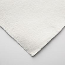 Khadi :Handmade : Papier Chiffon Blanc: 640gsm : Surface Lisse : 56x76cm