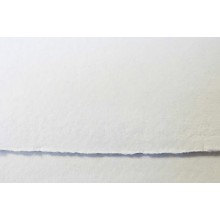 Khadi :Handmade : Papier Chiffon Blanc: 640gsm : Surface Lisse : 56x76cm : 20 Feuilles